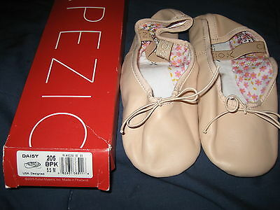 New in box Capezio Daisy pink 205 BPK 5.5 ballet shoes slippers dance womens