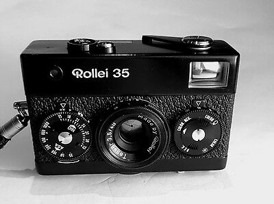 Rollei 35 Film Camera - Black with Zeiss Tessar 40mm f/3.5 lens