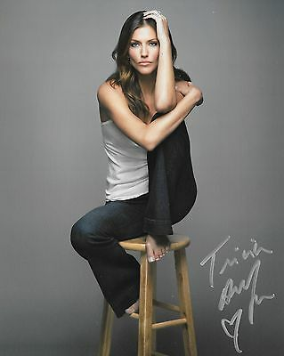 TRICIA HELFER Autograph -  Beautiful 8x10 Authentic Signed Photo  Battlestar