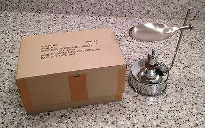 Vintage 1953 US Army Medical Dept FIELD NEEDLE STERILIZER New in Box