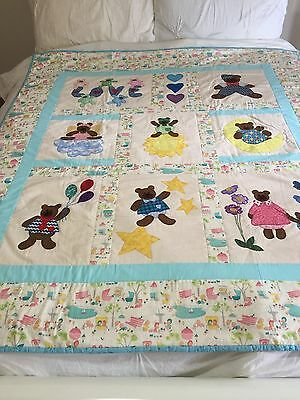 "Handmade quilt (gorgeous bears) with applique  size 53"" x 59"""