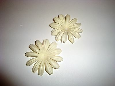 25 LARGE MULBERRY FLOWER HEADS - 4cm - WHITE