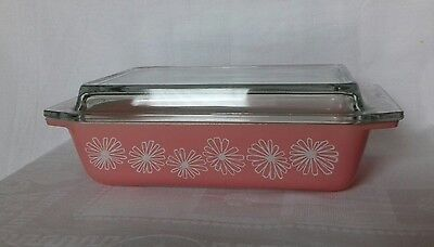 Vintage JAJ Pyrex pink daisy space saver 2162 casserole/serving dish with lid