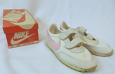 Vintage Nike Sneakers Shoes Pink Dead Stock Youth Kids sz 2 1/2