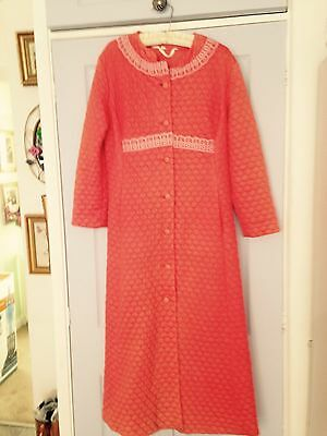 1960s Quilted Dressing Gown Robe True Vintage Very Betty Madmen