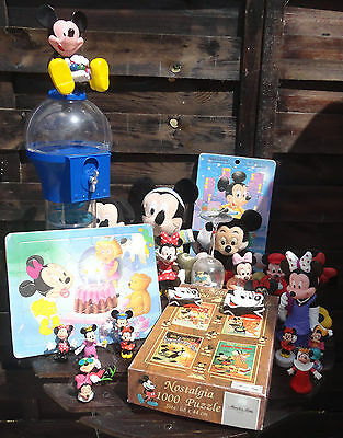 Lot figurines & peluches Mickey & Minnie. Puzzle, objets de collection. Disney