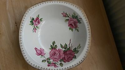 Pretty Midwinter Stylecraft Vegetable/Fruit Bowl with rose design