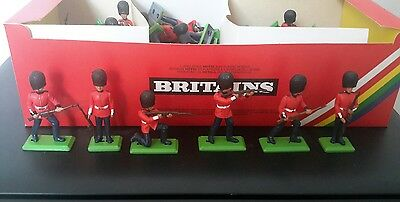 BRITAINS Scots Guards 48 assorted models 7250 made in england