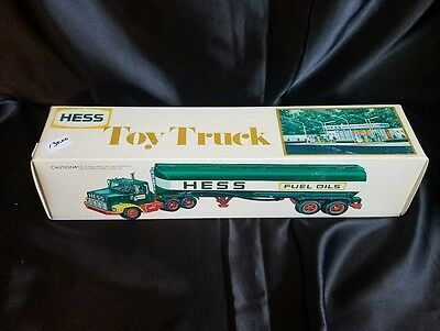 1978 Hess Fuel Oil Tanker Toy Truck w/ Original Box, Inserts, Insructions