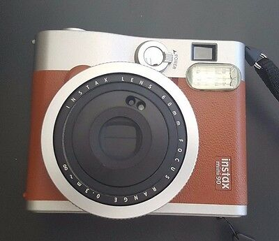 FUJIFILM INSTAX NEO CLASSIC Mini-90 Sold Whit Battery, Charger