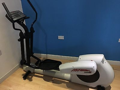 Life Fitness Cross Trainer 5500 HR