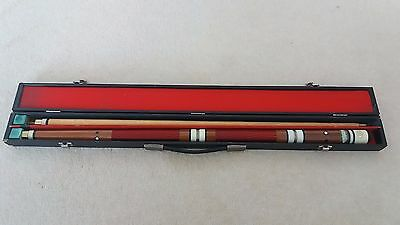 A four-piece pool/snooker cue with case