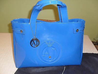 BORSA ARMANI JEANS Shopping Grande in Eco Vernice con Logo, Colore BLU
