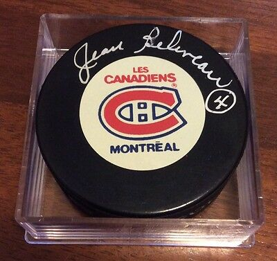 JEAN BELIVEAU - Autographed Montreal Canadiens Puck w/Puck Cube! Hockey Legend!