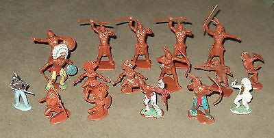 Lot of Vintage American Indian Figures.
