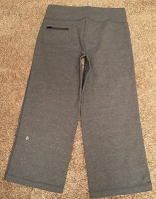 Lululemon Size 4/6 Capri Pants Gray Heathered Run Yoga Fitness Athletic Woman