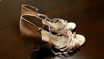 "Capezio Giselle Women's Latin Rhythm Ballroom Dance Shoes 2.5"" Heel, US 7.5 Wide"