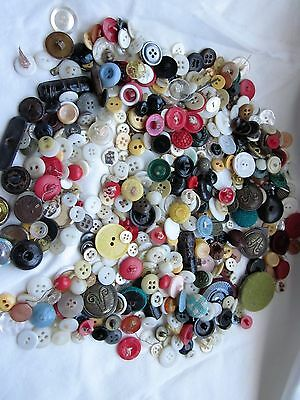 Lots Of Vintage Buttons-All Sizes & Shapes