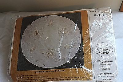 VTG Christmas Tree Skirt or Tablecloth Kit NOS Silk Screen Cotton Muslin 1988