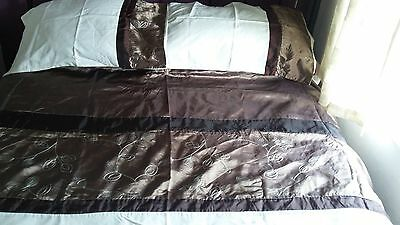 King size duvet/quilt cover and 2 pillowcases choc/bronze/cream