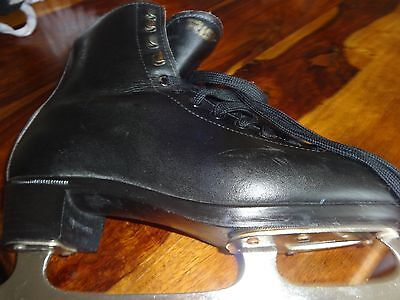Mens Black Leather * Risport * Figure / Ice Skates Size 8 Uk