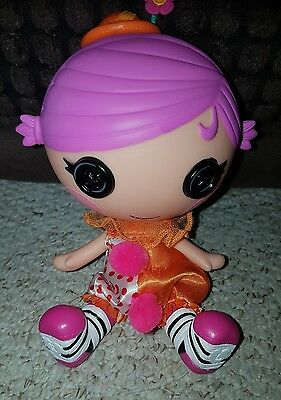 Lalaloopsy doll with removable hat