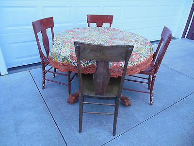 Antique Oak Round Dinning Table Lions Head / Claw Feet Table Legs & 4 Chairs