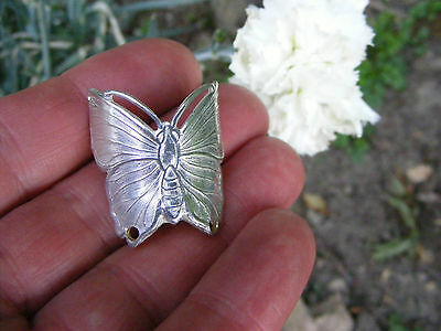 WALKING STICK BADGE BEAUTIFUL BUTTERFLY SILVER PLATED 3 cm HIGH