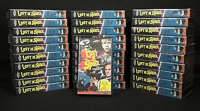 LOST IN SPACE - 31 Tapes, 62 Episodes incl unaired pilot. Columbia House VHS