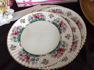 Beautiful Royal Stafford ~*CONNOISSEUR*~ Set of 5 DINNER PLATES - Floral