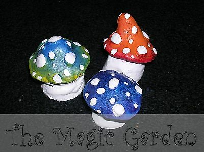 Cute set of 3 mushroom toadstool cement plaster ornament latex moulds molds