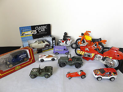 Lovely Job Lot Of 11 Vintage Diecast Toy Cars.