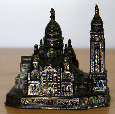 LE SACRE COEUR Cathedral Paris France Vintage Metal Souvenir Building Replica