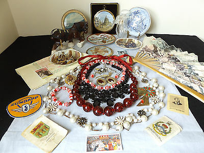 Beautiful Vintage Job Lot Of 33 Collectable Items - Porcelain, Jewellery.