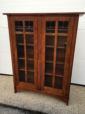 Stickley Quartersawn Mission Oak Arts Crafts Bookcase Leaded Glass 45.75w58h17d