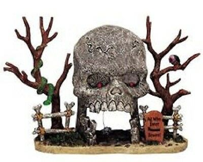 Lemax Spooky Town Halloween Skull Archway