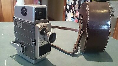VINTAGE BELL AND HOWELL AUTOSET II 8mm WIND UP MOVIE CAMERA MADE IN ENGLAND