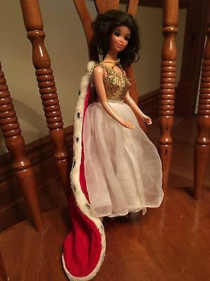 Vintage Miss America Walk Lively Barbie Doll