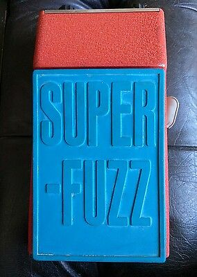 VINTAGE LATE '60's  UNIVOX SUPER-FUZZ GOOD WOKING COND.