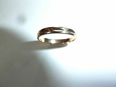 Vintage ladies 14K yellow gold Band with Design