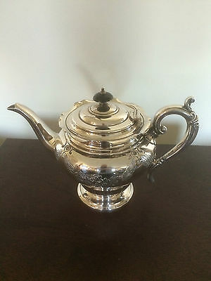 Beautiful Silver Plated Highly Decorated Footed Tea Pot (Ref 4941)