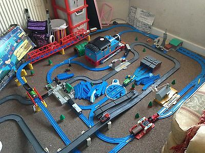 thomas train set ultimate + extras bundle - HUGE