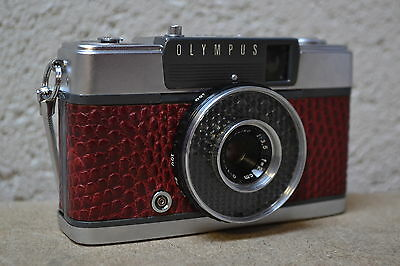 Olympus PEN-EE 35mm Half Frame Camera