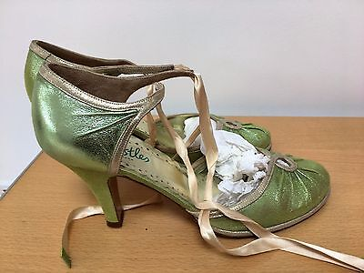 Vintage ladies 30s shoes