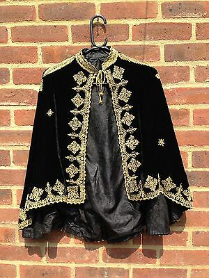 Stunning Vintage Black Silk Velvet Cape With Gold Thread Embroidery Deco Rare M