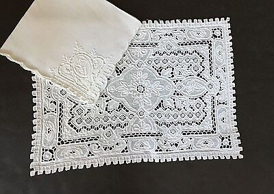 15 Pc, Hand Embroidered Cutwork White Linen Placemat Set w/ Napkins E124