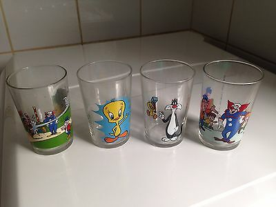 Lot 4 Verres à moutarde Bozzo le Clown & Titi gros minet 1974 - vintage glass