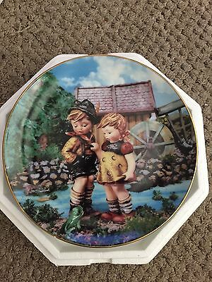 Hummel Collectors Plate Hello Down There