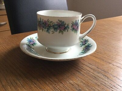 """Vintage Royal Standard Bone China Cup & Saucer """"Carnival"""" Lovely Colours VGC!"""