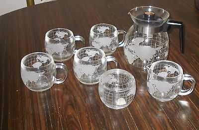 Nestle Frosted Map of World 7 Piece Set 4 Cups Creamer Lidded Sugar Coffee Pot